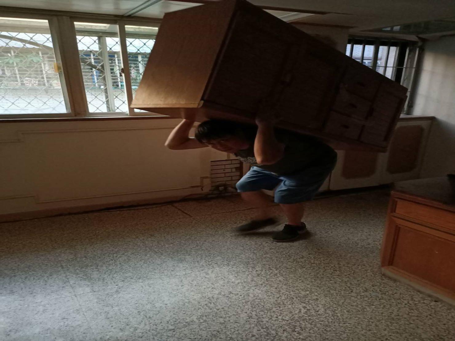 台北搬家【榮福搬家】搬家推薦給您最優質、最安全的搬遷服務:圓滿達成顧客搬遷服務