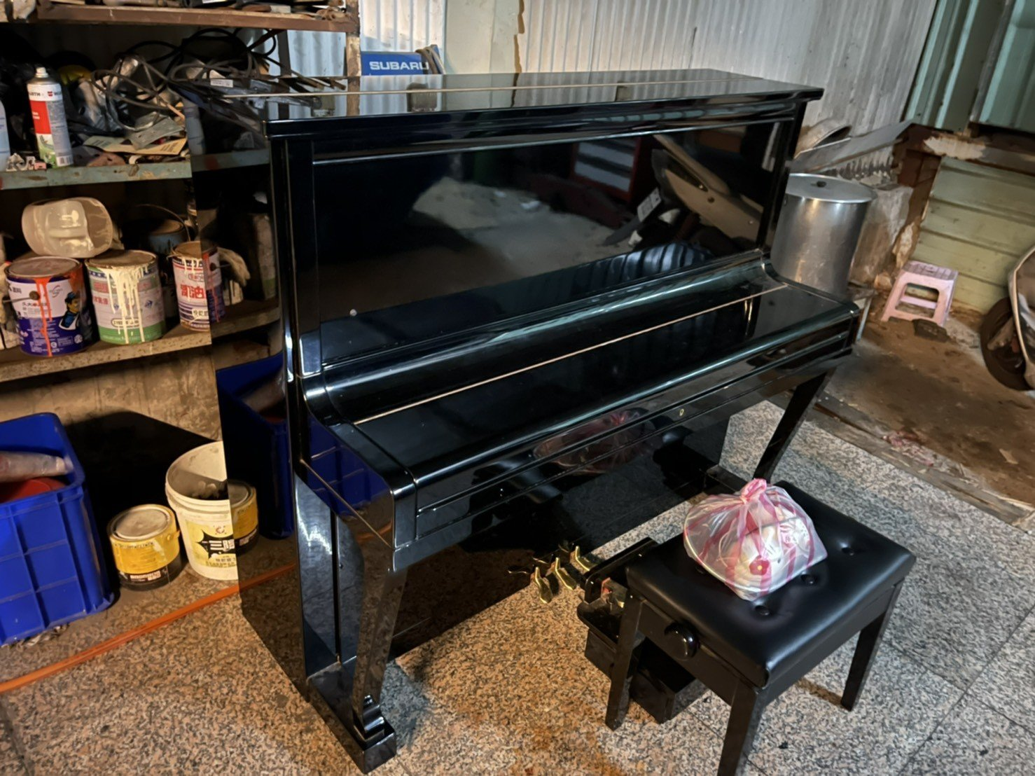 台北搬家公司推薦、新北搬家推薦【榮福搬家公司】廢棄鋼琴、家庭搬家、搬鋼琴、搬工,針對顧客都秉持以用心實在專業搬家技巧,搬家實在用心值得您的信賴與選擇。歡迎來電咨詢02-2651-2727,榮福搬家有專員立即為您服務。