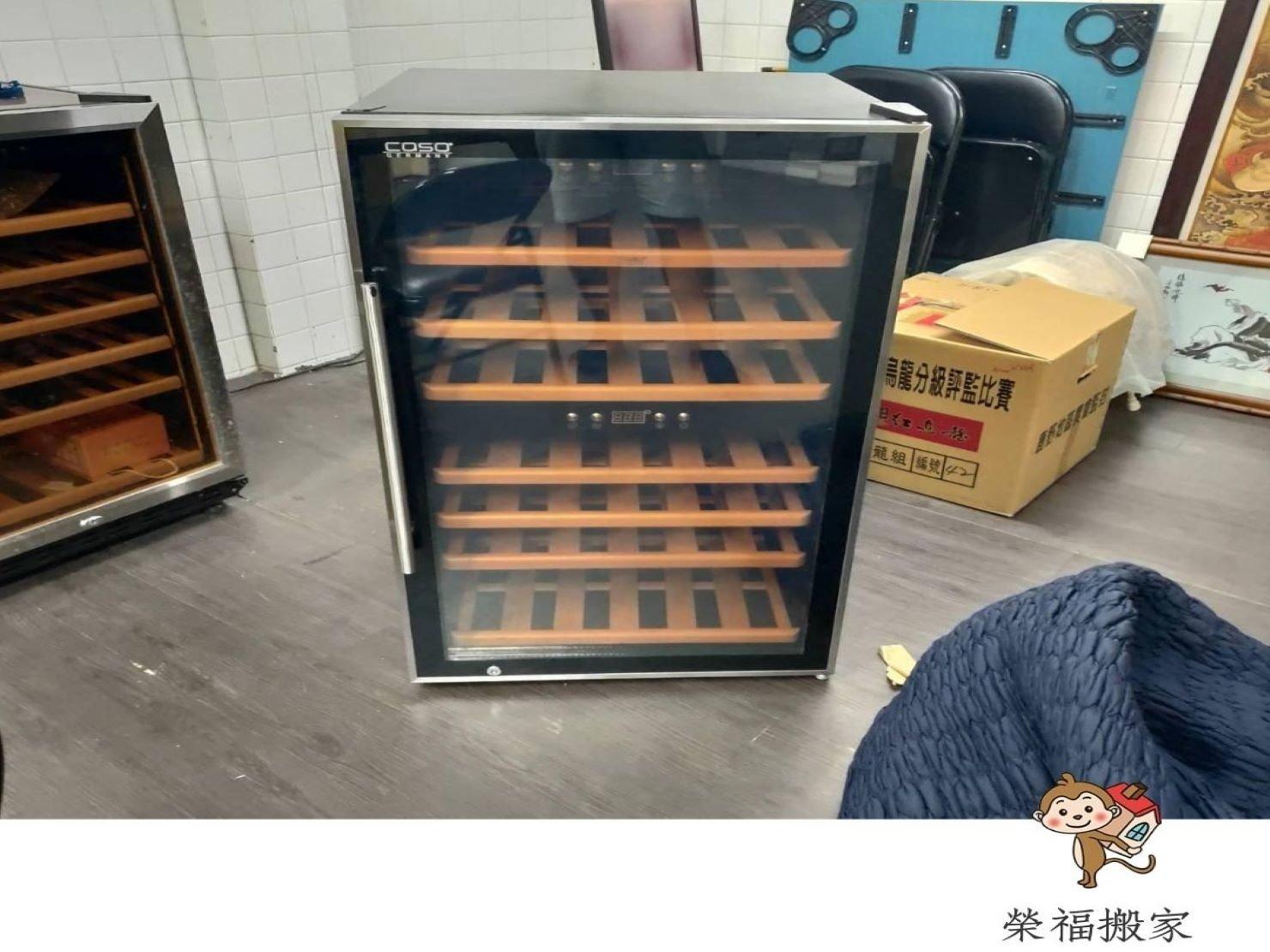 【搬家實錄】紅酒瓶與紅酒櫃精緻包裝搬運過程,看榮福如何精緻包裝搬運